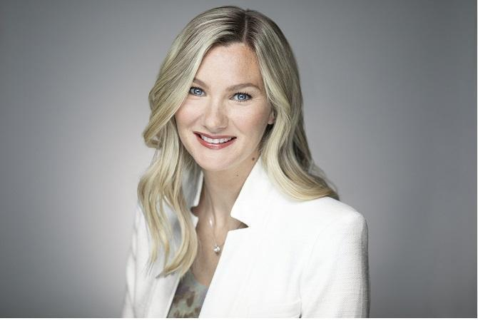 Head shot photo of Larisa Sprott, President of Sprott Money
