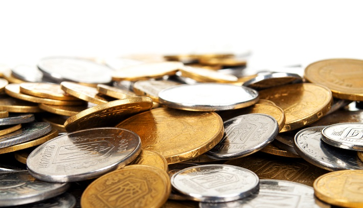 Image of a pile of lose gold and silver coins